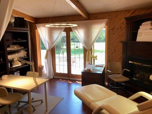 <b>Paige Micalea Esthetics located in Barry's Bay</b>