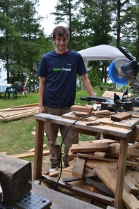 <b>Martin Voldock - MV Woodworking - 2014</b><br />Martin handcrafted picnic tables, sheds, cutting boards and custom made orders